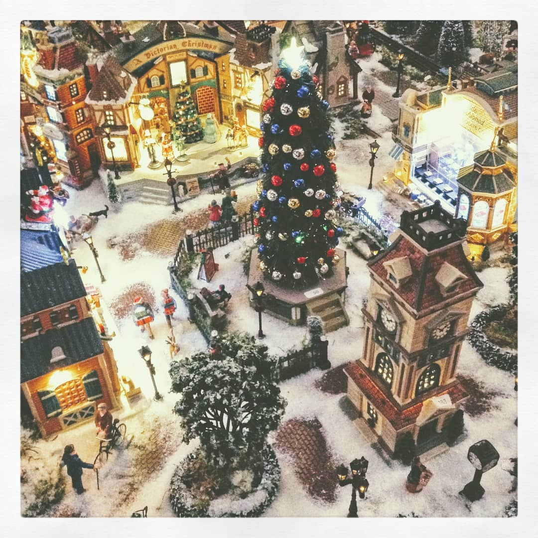 2019 Christmas Village Display Tree 11