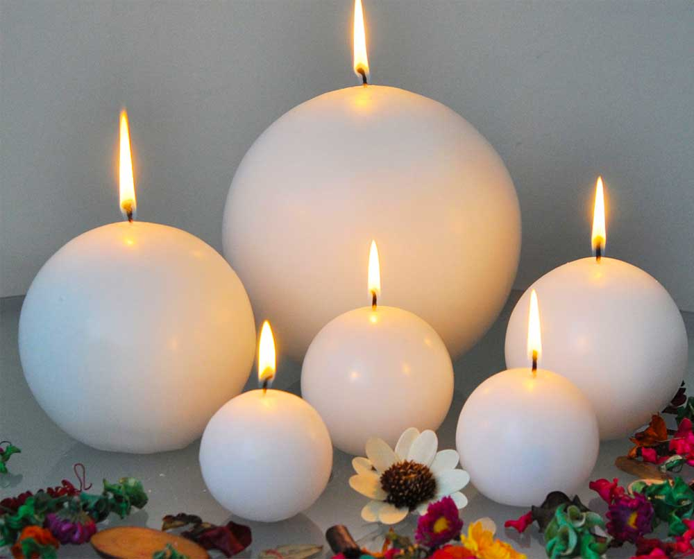 Decoration with candles 2019