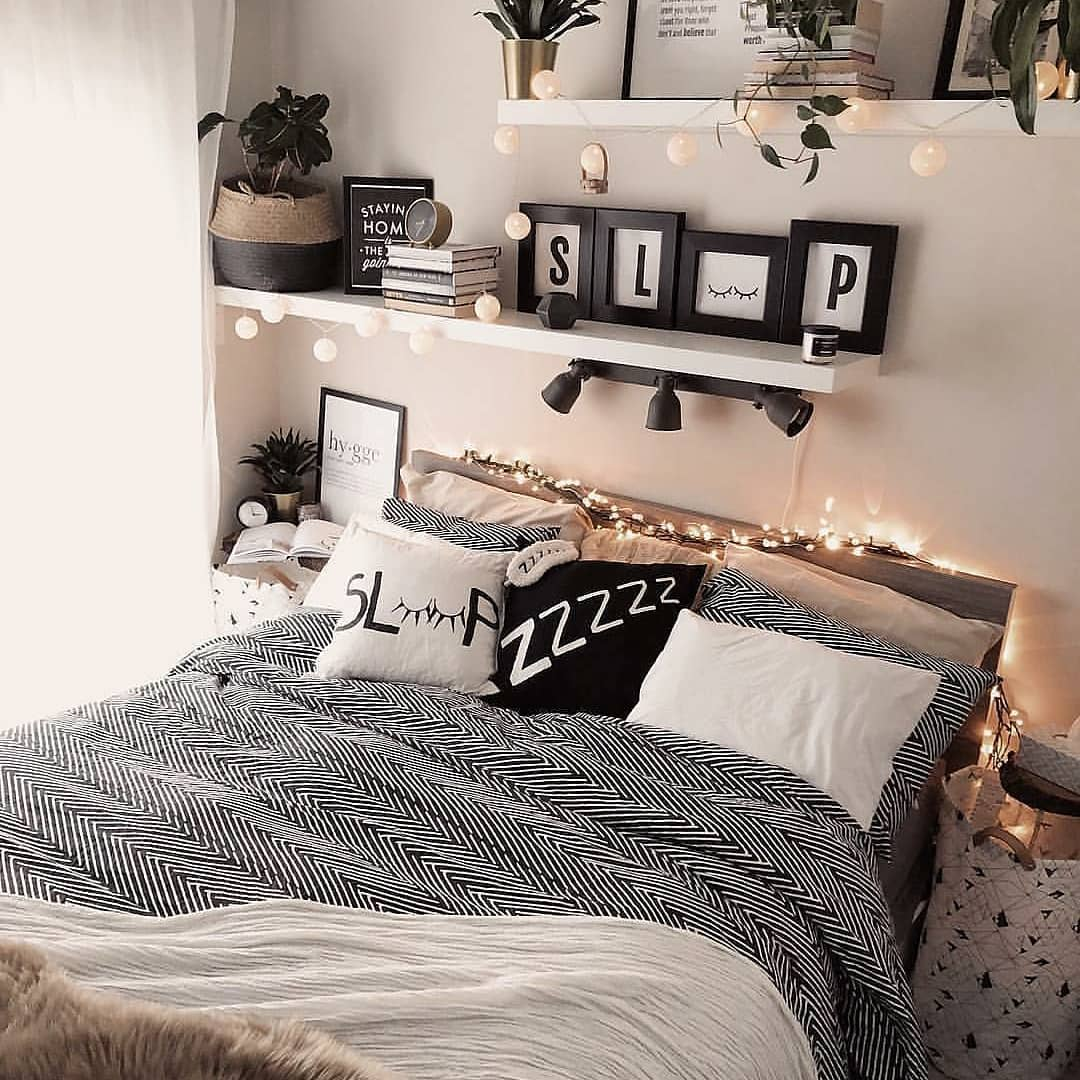 Modern Bedroom Decoration ideas 2019 (85)