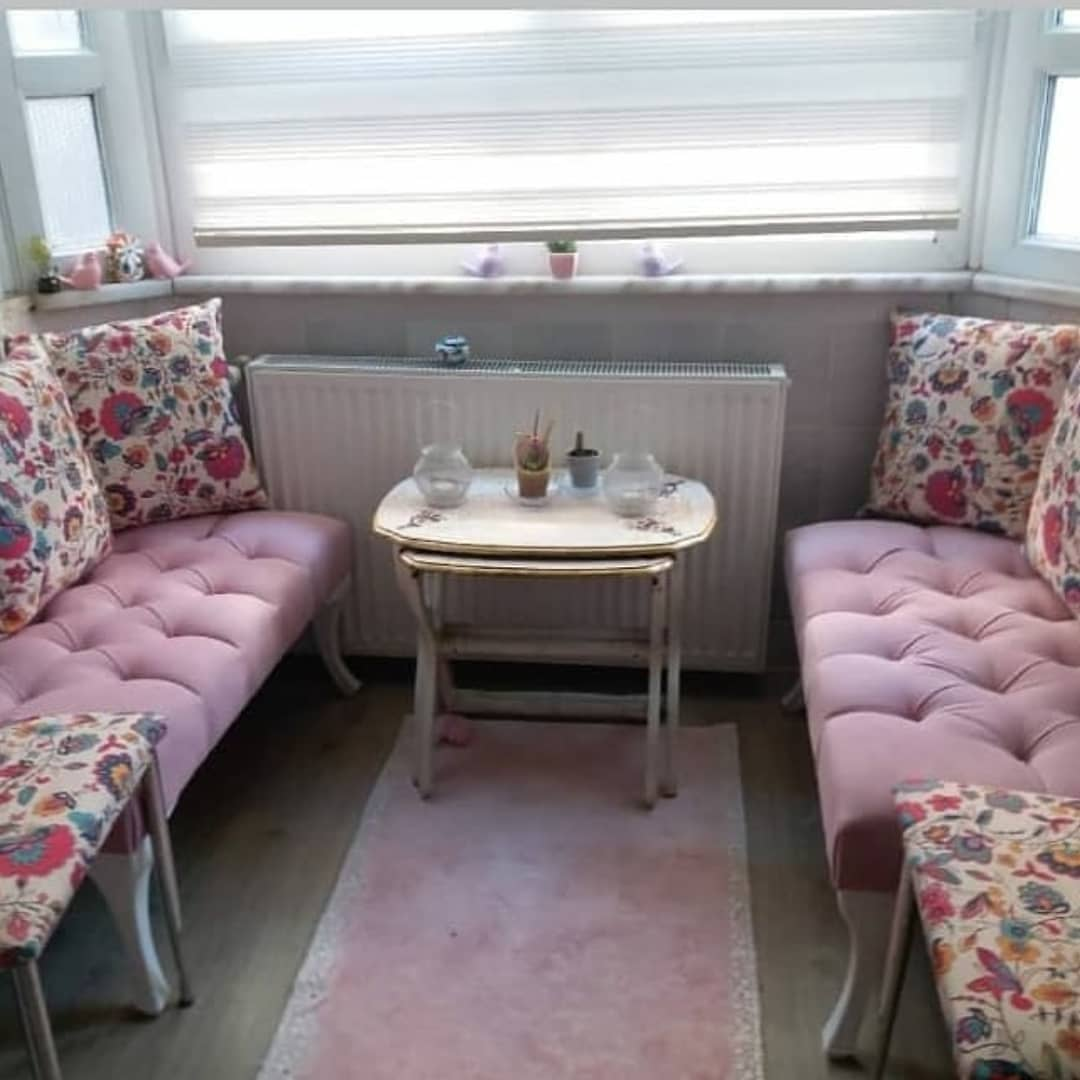 Decoration Samples with Lilac Armchairs 2020 (10)