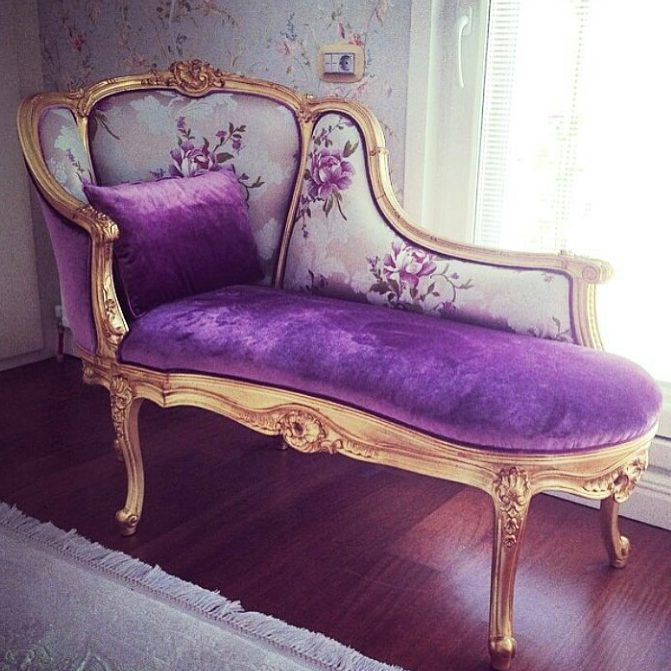 Decoration Samples with Lilac Armchairs 2020 (18)