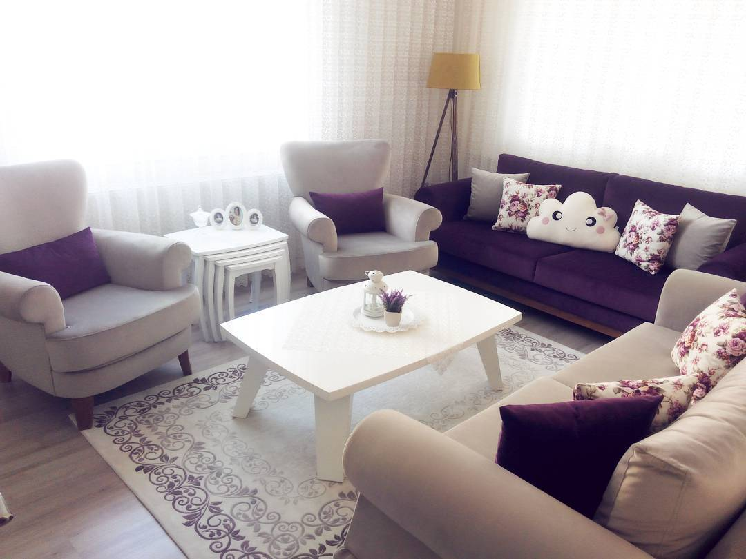 Decoration Samples with Lilac Armchairs 2020 (19)