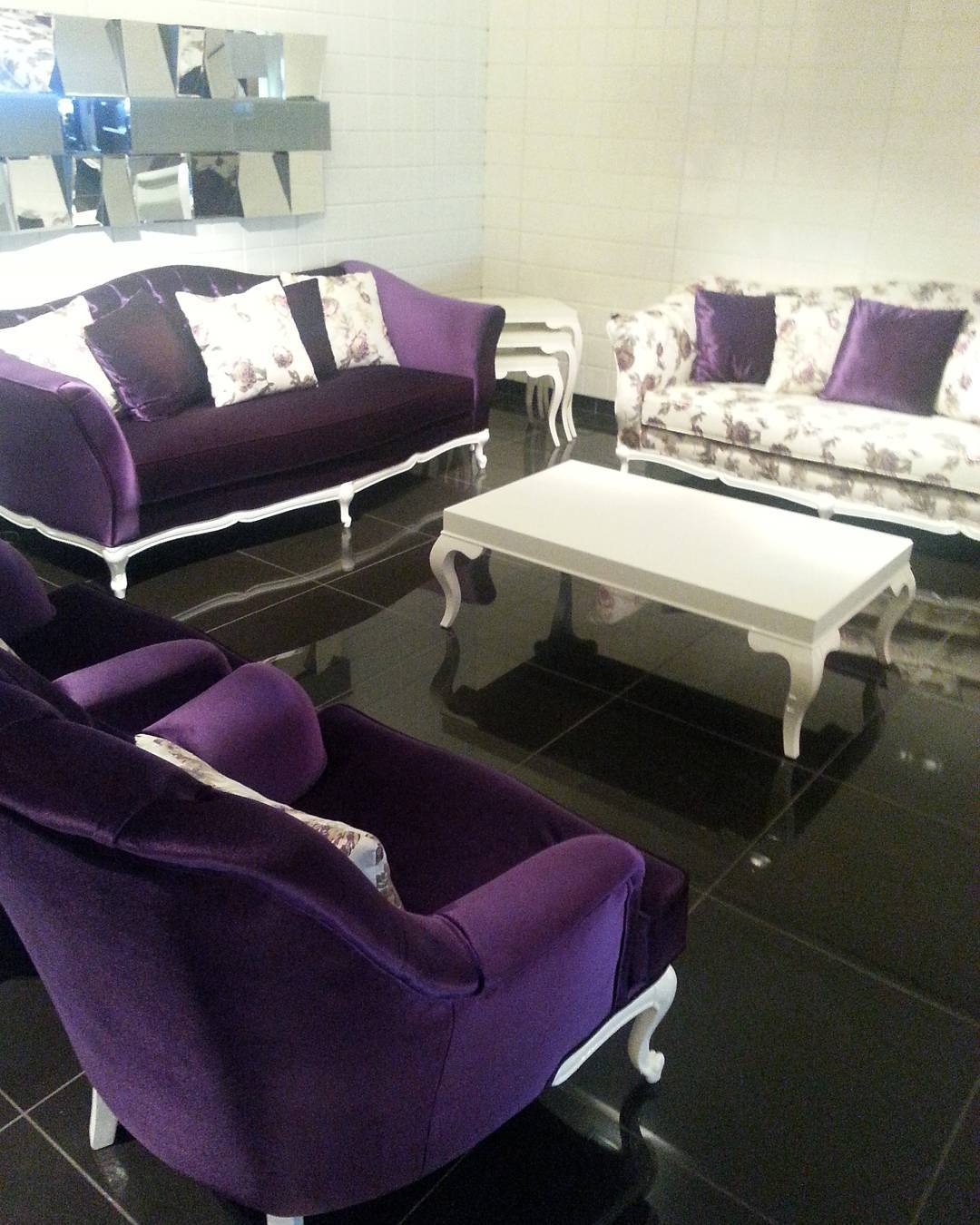 Decoration Samples with Lilac Armchairs 2020 (21)