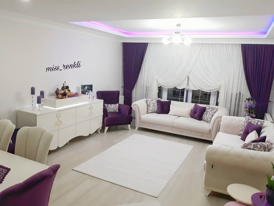 Decoration Samples with Lilac Armchairs 2020 (33)