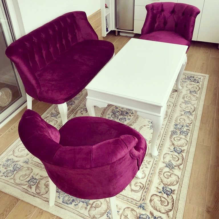 Decoration Samples with Lilac Armchairs 2020 (36)