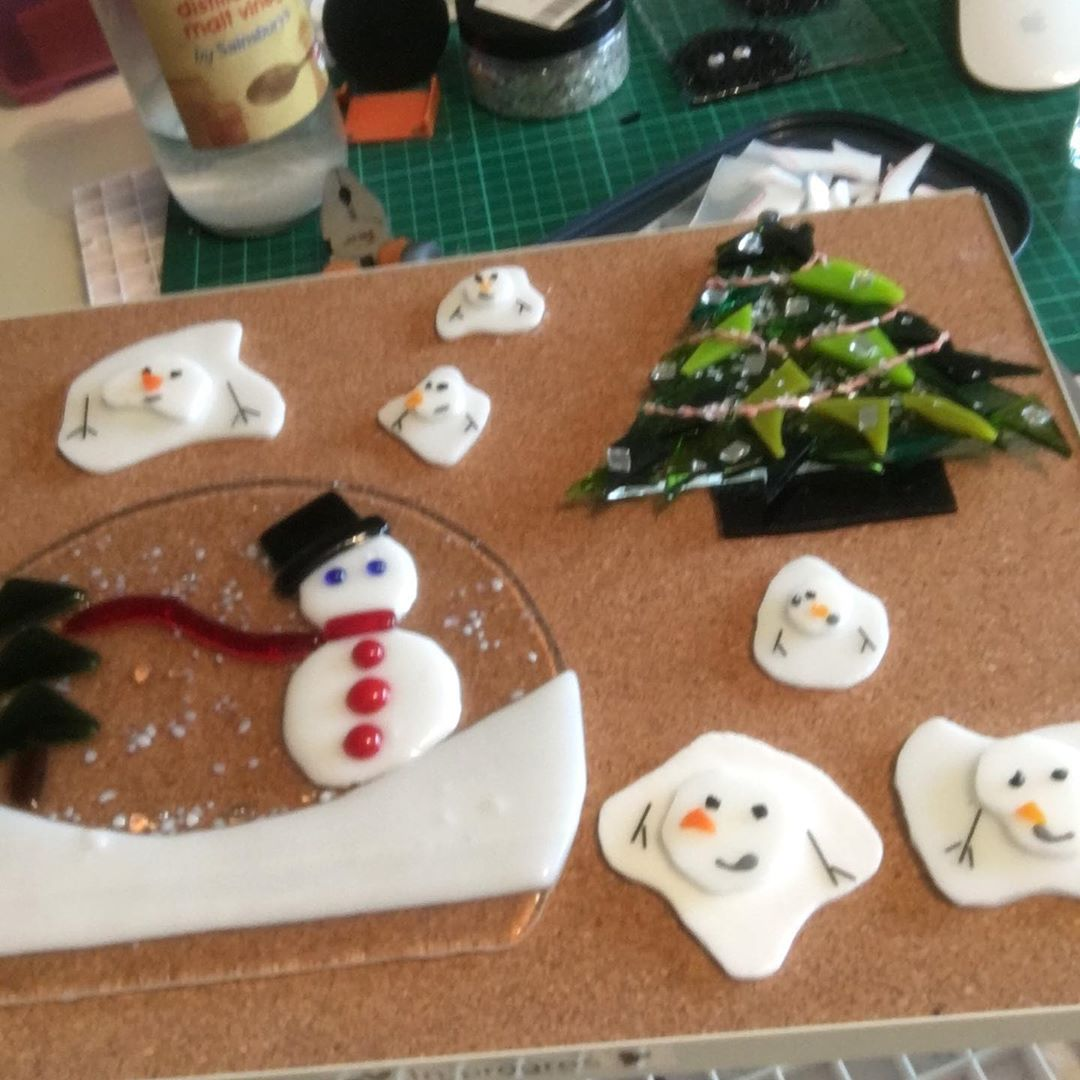 2020 Making glass ornaments for Christmas (4)