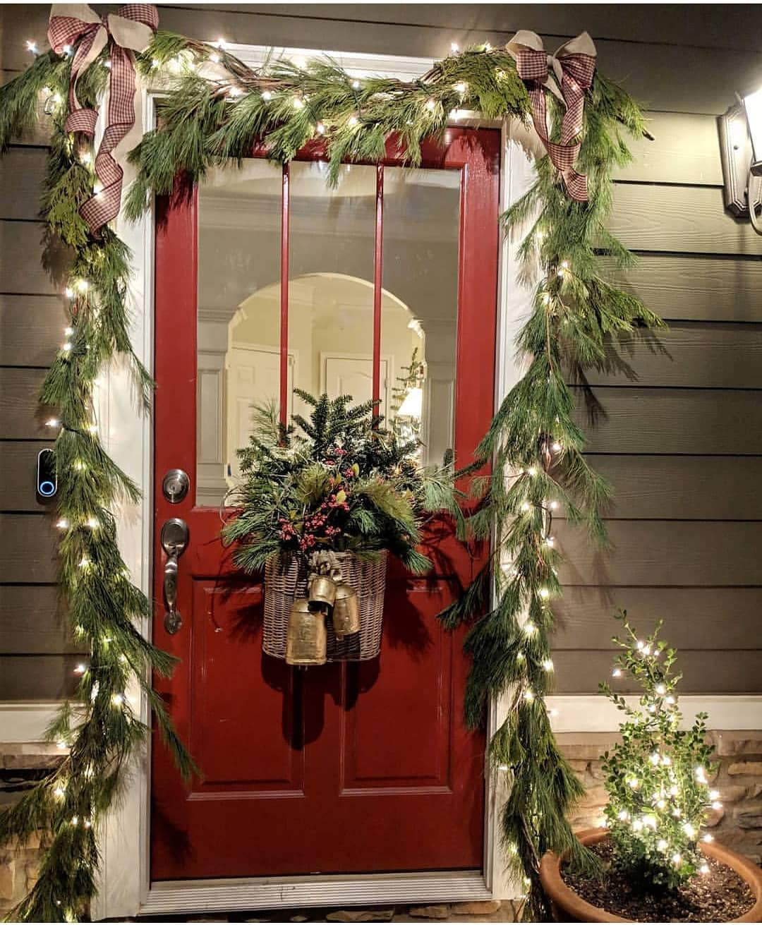 Christmas Door Decoration 2020 (2)
