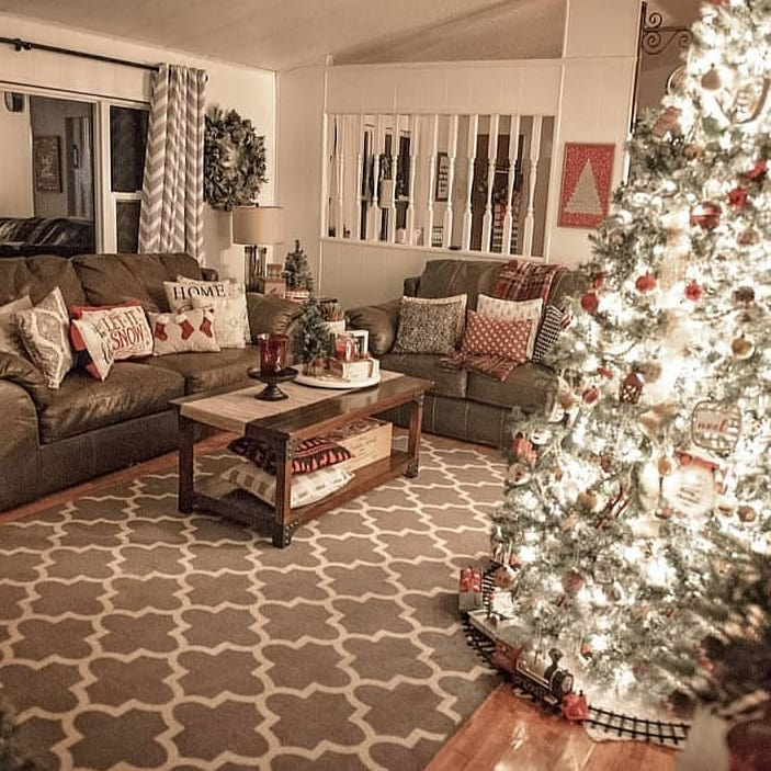Christmas Spirit in Homes 2020 (24)