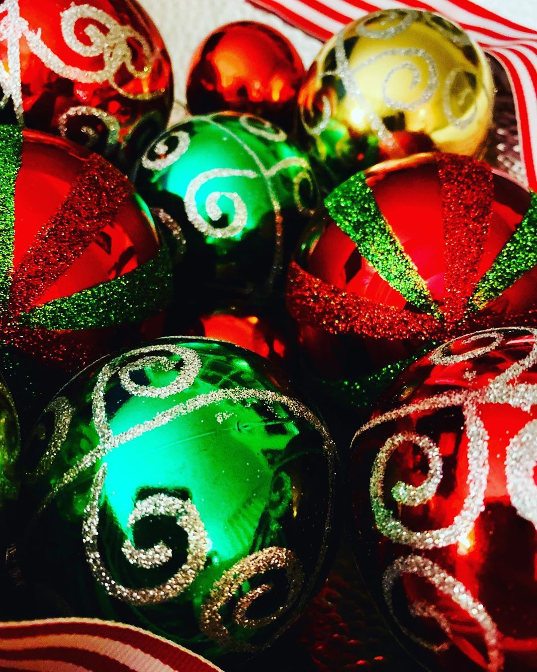 Colorful Balls for christmas 2020 (1)