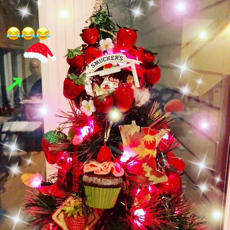 Strawberry Christmas Tree (1)