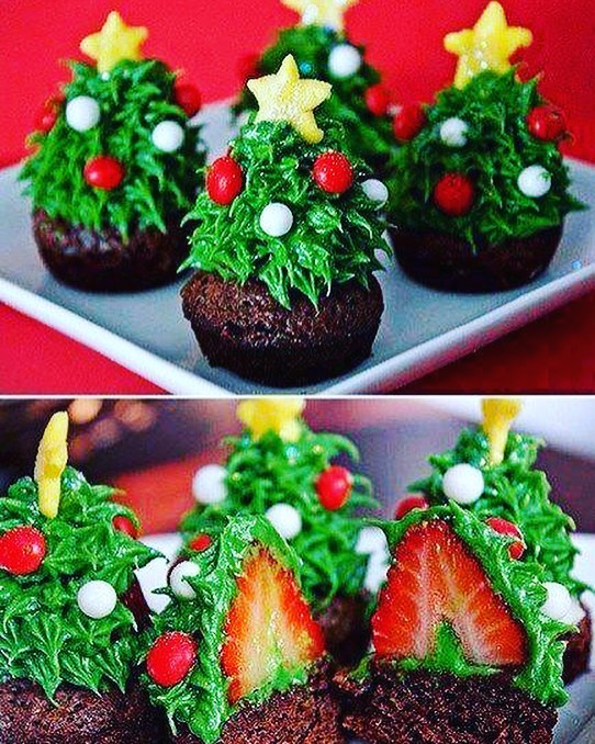 Strawberry Christmas Tree (3)