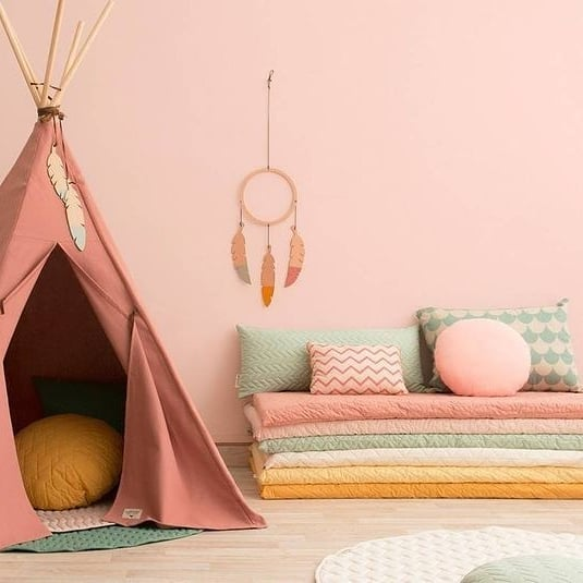 Large and spacious children's room decoration (4)