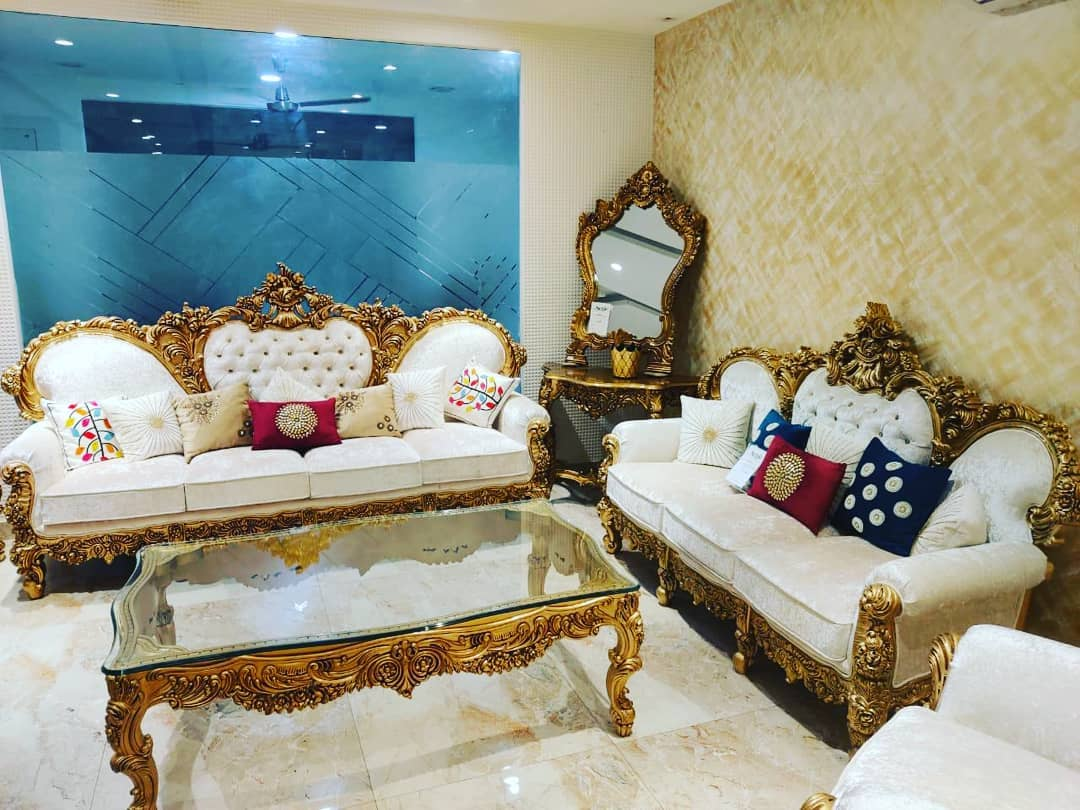 Golden Yellow Home Decorating Ideas 2020 (24)