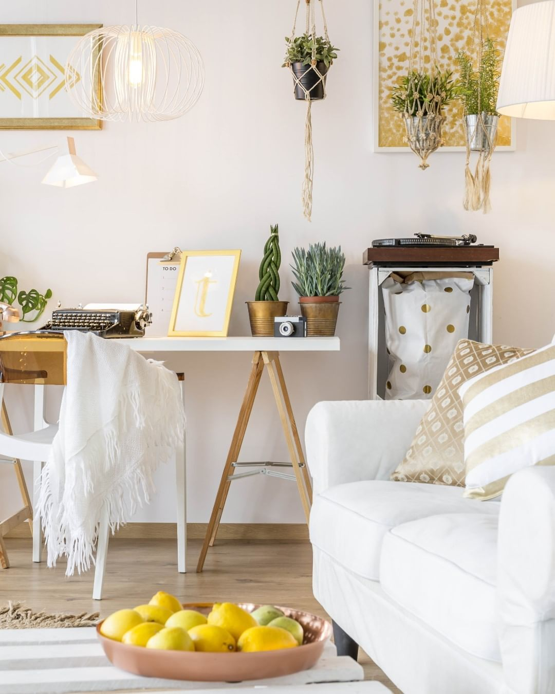 Golden Yellow Home Decorating Ideas 2020 (38)
