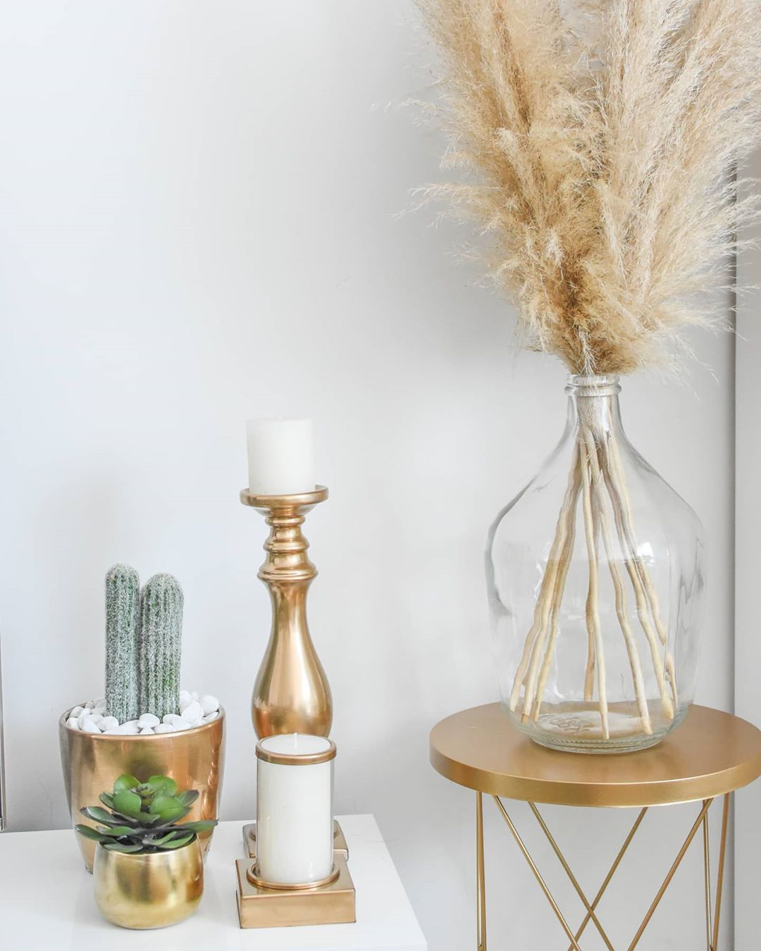 Golden Yellow Home Decorating Ideas 2020 (54)