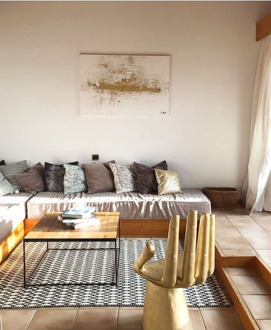 Golden Yellow Home Decorating Ideas 2020 (63)