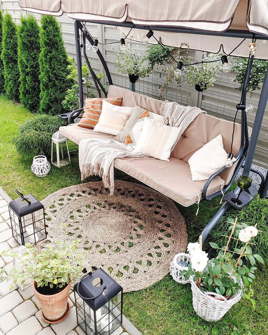 Modern Garden Decoration Ideas (27)