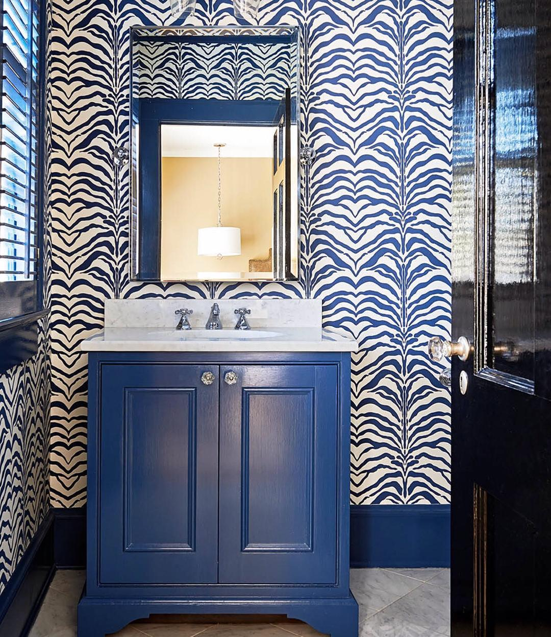 Bathrooms Decorated with Sea Views and Tones (19)