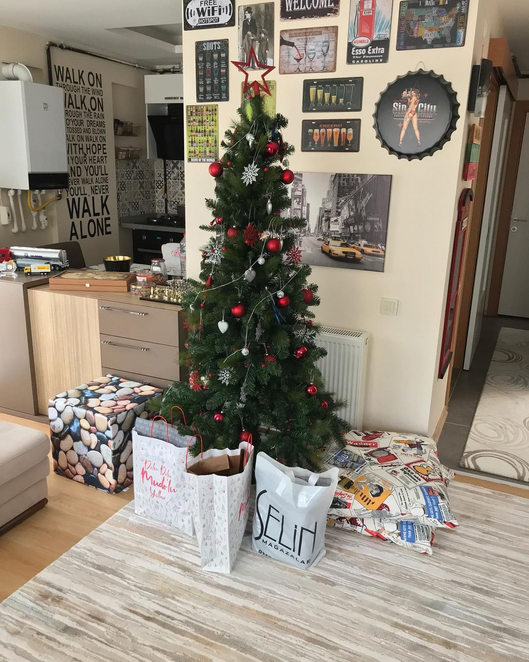 Decoration for Christmas Morning (9)