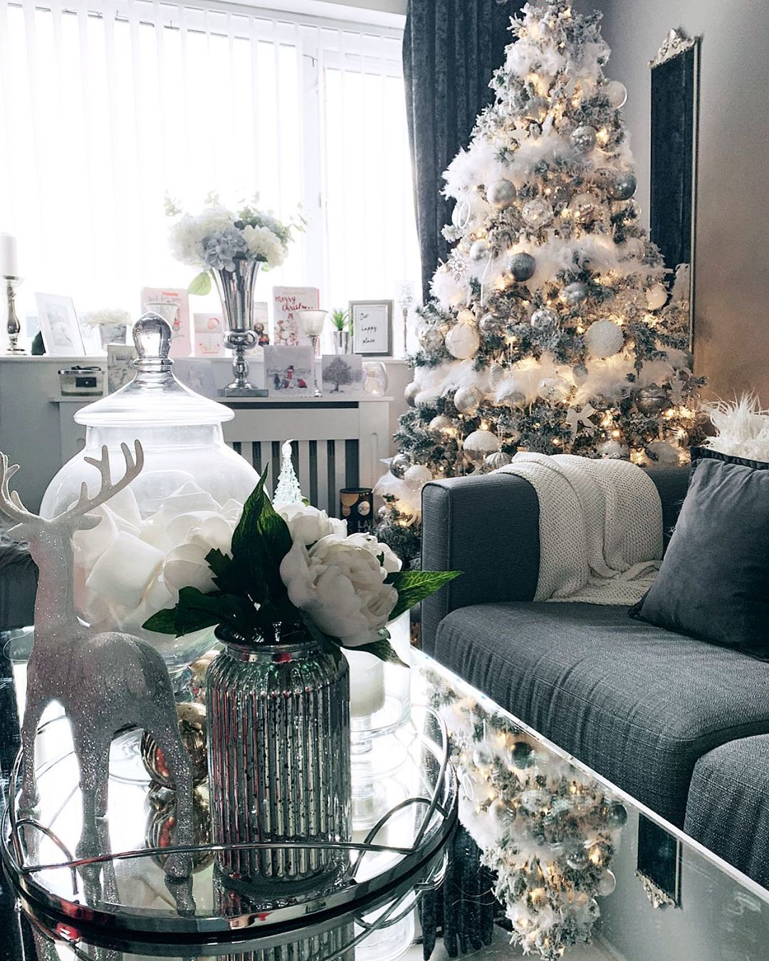 Gray Christmas Decoration for 2021 (3)