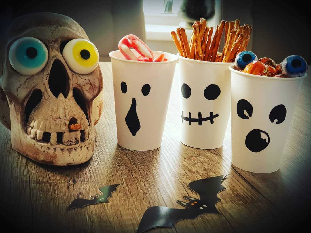 Halloween Decoration and DIY decoration ideas (204)