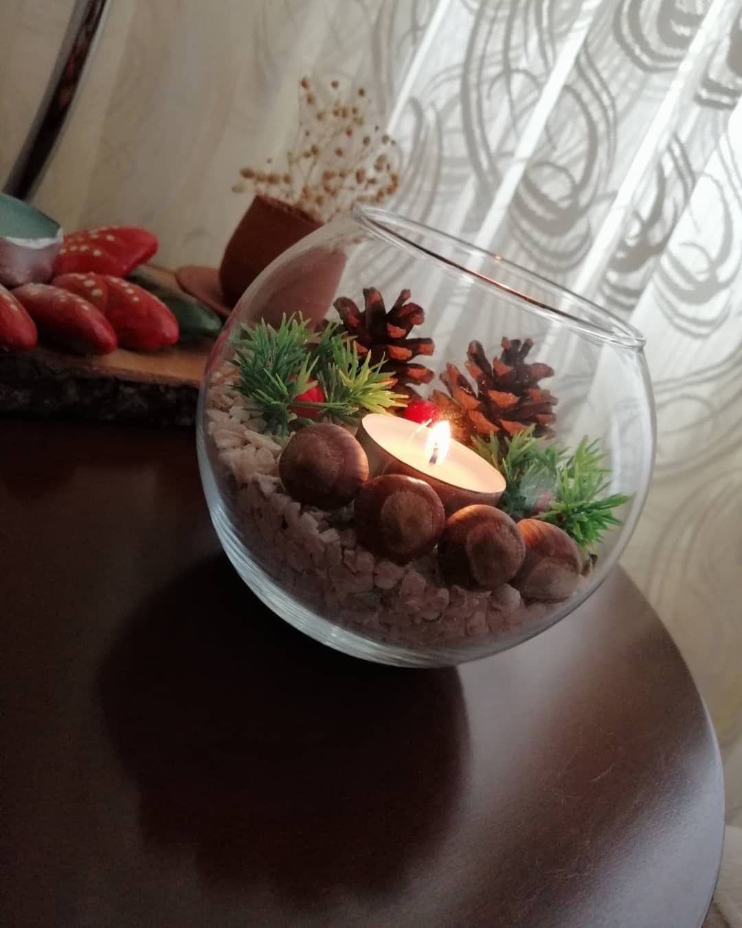 Pine Cones and Lighting (6)