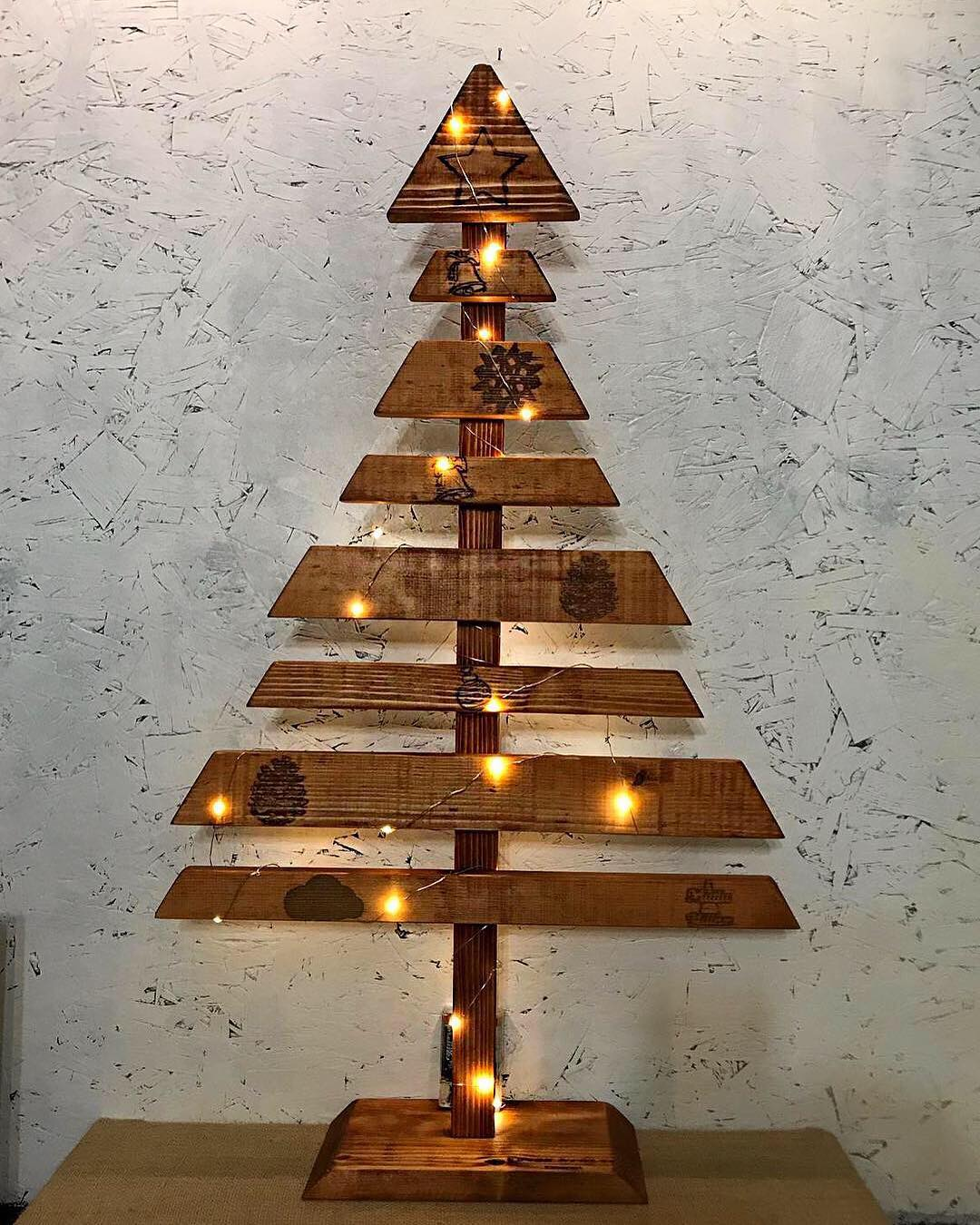 Wooden Christmas Trees (12)